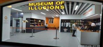 MUSEUM OF İLLUSİONS
